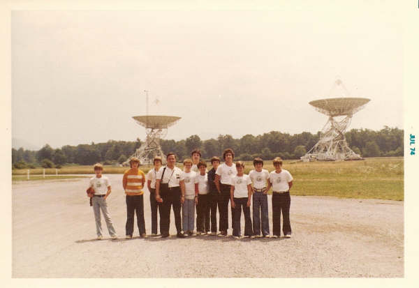 Radio Group members tour the National Radio Astronomy Observatory in Green Bank, West Virginia